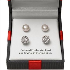 Fresh water pearl, crystal in sterling silver